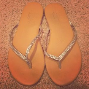 Old navy flip flops size 7. Great condition